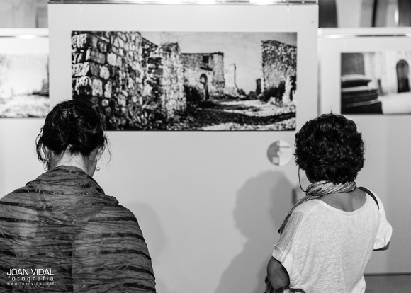 Joan Vidal Photo B&W Ghosts of Comala exhibition by Anna Galí